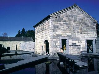 石の美術館芦野石使用例 隈研吾設計