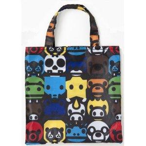 同じ柄のミニバッグもかわいい。