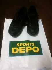 スポーツデポ 002