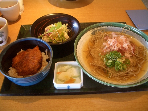 丸岡の蕎麦屋さん1