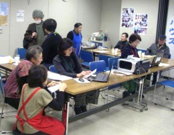 2011-2-12-6活動中