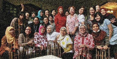 CIMG5823笑顔の大使館練習メンバー