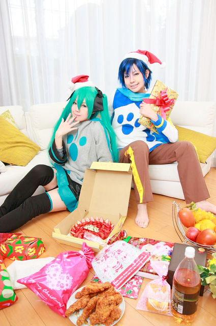 うちのKAITOとミクが部屋着でまったりしていたのですが/KAITO・ミク