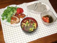 5/25 夕食 鶏もも照り焼き、いわしはんぺん、キムチもずく酢、春雨スープ