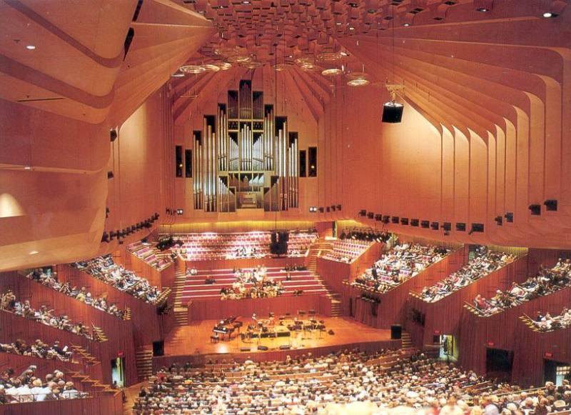 愛する猫ちんと船釣りと観光地めぐり-オペラハウス内部
