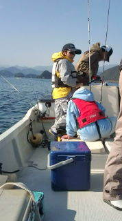 愛する猫ちんと船釣りと観光地めぐり-20101219101738.jpg