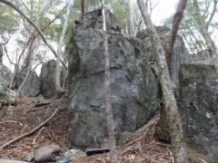 K3.9「アキレス岩」