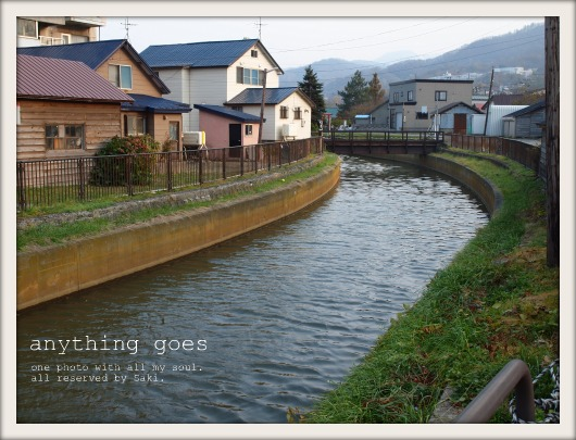 where river flows01