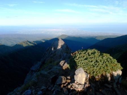 060 山頂から富山湾
