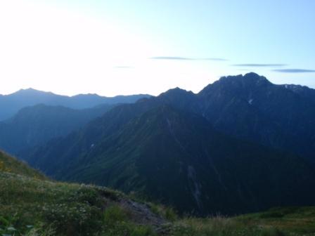 053 剣と赤谷山