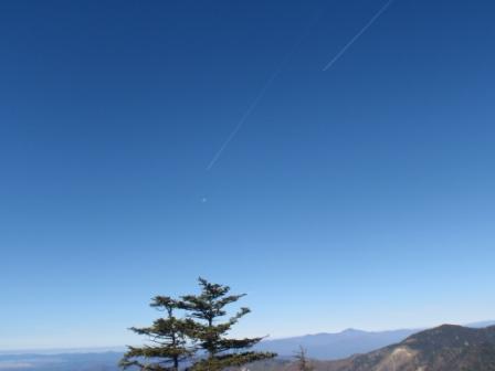 059 山頂の空