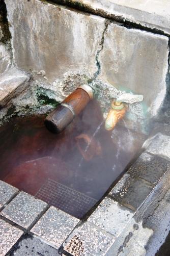 渋温泉・外湯にて
