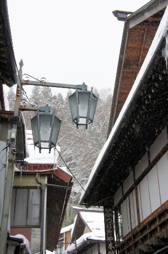 渋温泉・温泉街の街灯