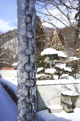 土人形資料館の氷柱