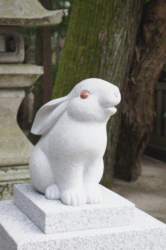 岡崎神社の狛兎①