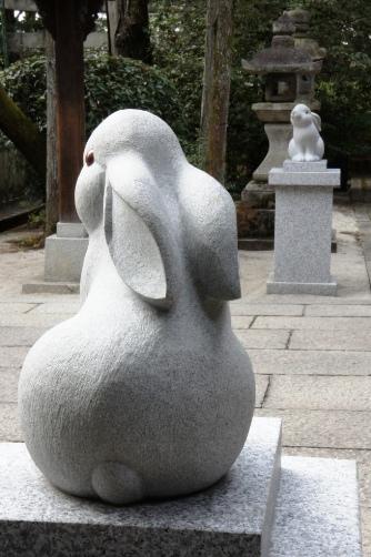 岡崎神社の狛兎