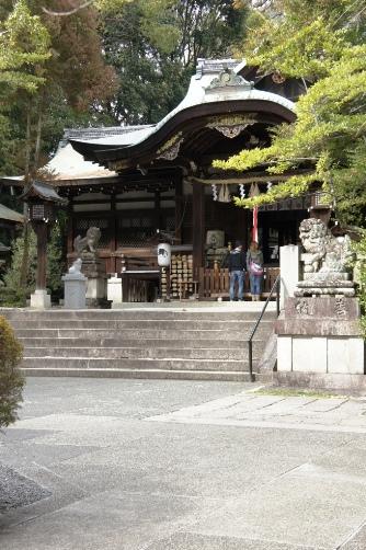 岡崎神社外観