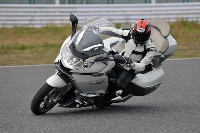 BMWmoto01.jpg