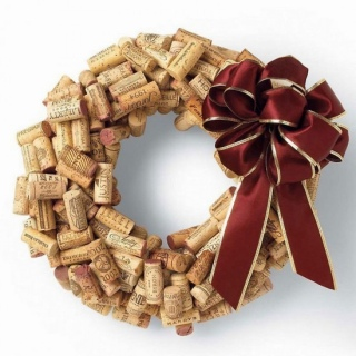 wine-cork-wreath-1.jpg