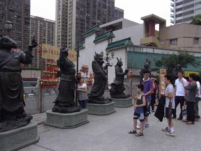 十二支の銅像