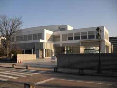 岐阜県図書館外観