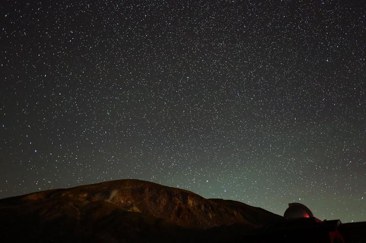 一切経山と無数の星