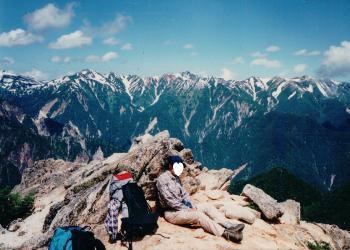 ビバーク命の岩