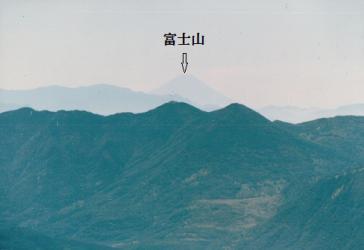 蓼科山頂より富士山