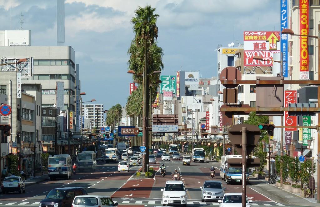 街中を散策 - 宮崎の風景