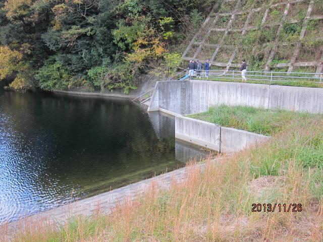 旧堤の側溝側