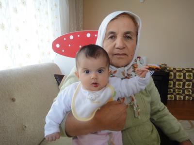 2011_0206_おばあさんと赤ちゃん