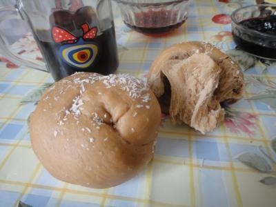 2011_0216_ココアとくるみのパン