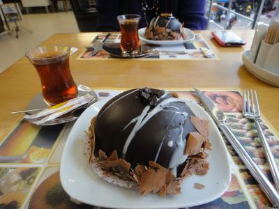 2011_0228_ウンパムのケーキ