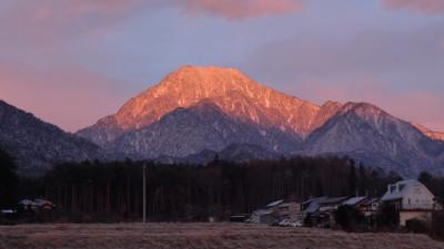 モルゲンロートの有明山