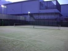ゴエモンのブログ-会社のテニスコート