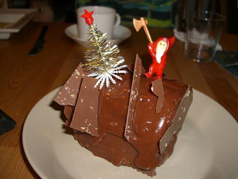 スローライフ日記 (ガンとの闘病日記はもうすぐ終わりにします)-ケーキ