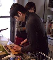 スローライフ日記 (ガンとの闘病日記はもうすぐ終わりにします)-料理するMUNO君