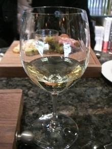 スローライフ日記-最初の白ワイン