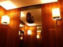 スローライフ日記-エレベーターの中