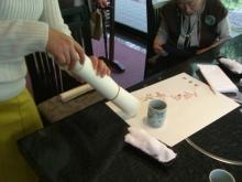 スローライフ日記-桜の描かれた紙をもらう