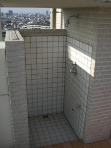 東京でプチスローライフ-シャワーもある