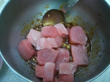 東京でプチスローライフ-マグロを混ぜる