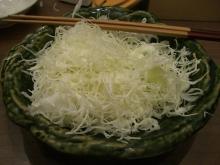 東京でプチスローライフ-大盛りキャベツ