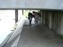 東京でプチスローライフ-川の橋をくぐる