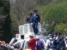 東京でプチスローライフ-お巡りさんの車