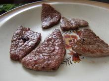 ログハウスでワインを楽しむスローライフ日記-牛肉を焼けた