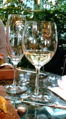 ログハウスでワインを楽しむスローライフ日記-20101130182218.jpg