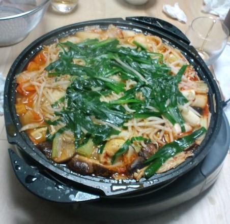 バッカス作の鍋