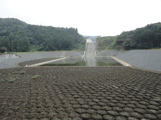 御前山ダム