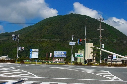 8和田山IC 出るとR312